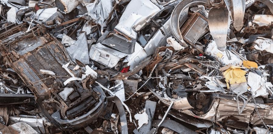 מטען - ערימת גרוטאות של מכוניות - טכנולוגיה - מדע פלוס