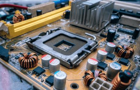 איך לבנות לבד מחשב אישי מותאם משלכם